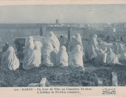 Rabat d'hier et d'aujourd'hui raconté par les cartes postales