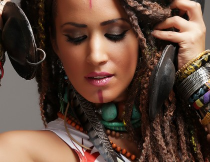 Samia Tawil chante pour la paix au Festival Ibn Battouta