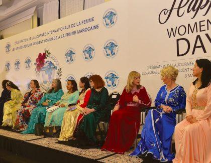 Dames-Ambassadeur au Maroc, tenue traditionnelle exigée!