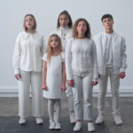 "Les Kids United chantent  ""Take a Stand"""