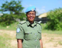 Une Zambienne remporte le Prix de la femme policière de l'année de l'ONU